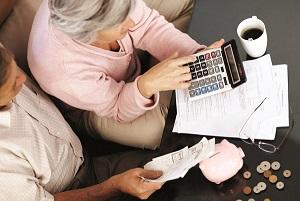 Как начисляется квартплата: по прописанным или проживающим?